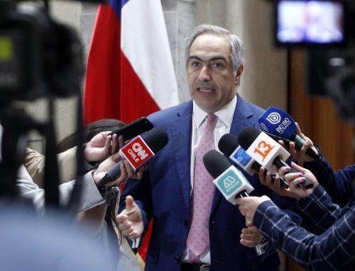 Senador Chahuán presenta Reforma Constitucional que modifica sistema presidencial, crea Estado descentralizado y voto obligatorio